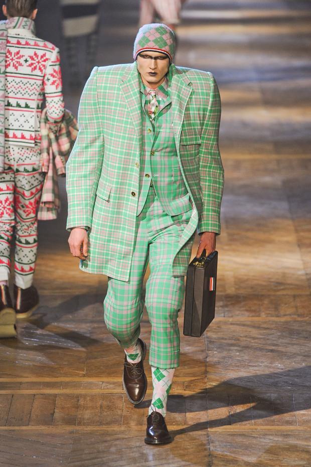 とても破壊力のあるパリコレ最新のメンズファッション2012